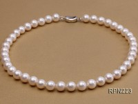 AAA-grade 10mm Classic White Round Freshwater Pearl Necklace