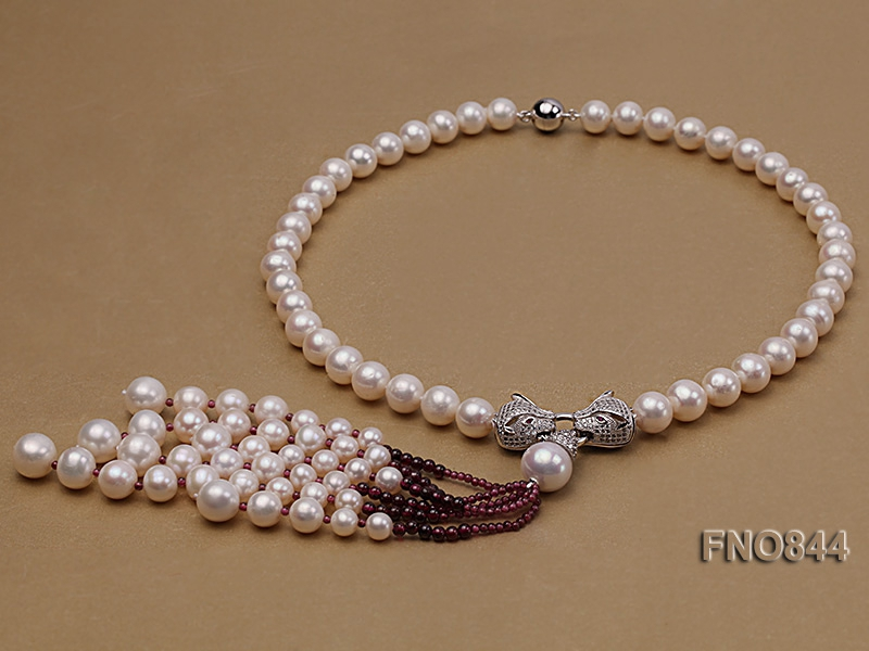 9-10mm AAA White Round Freshwater Pearl Necklace