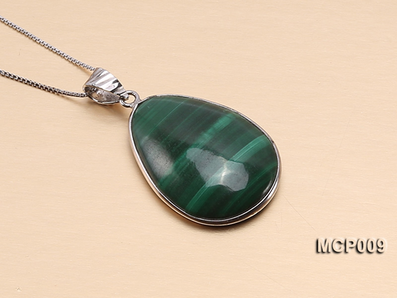 20x27mm Drop-shaped Malachite Pendant