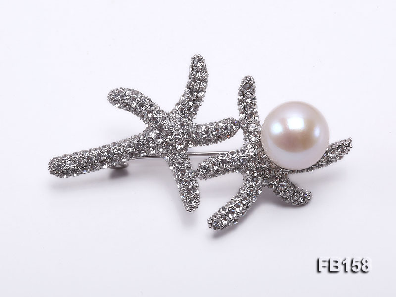 Starfish-like 13mm White Near Round Freshwater Pearl Brooch