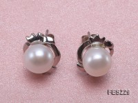 8.5mm White Flat Freshwater Pearl Earrings