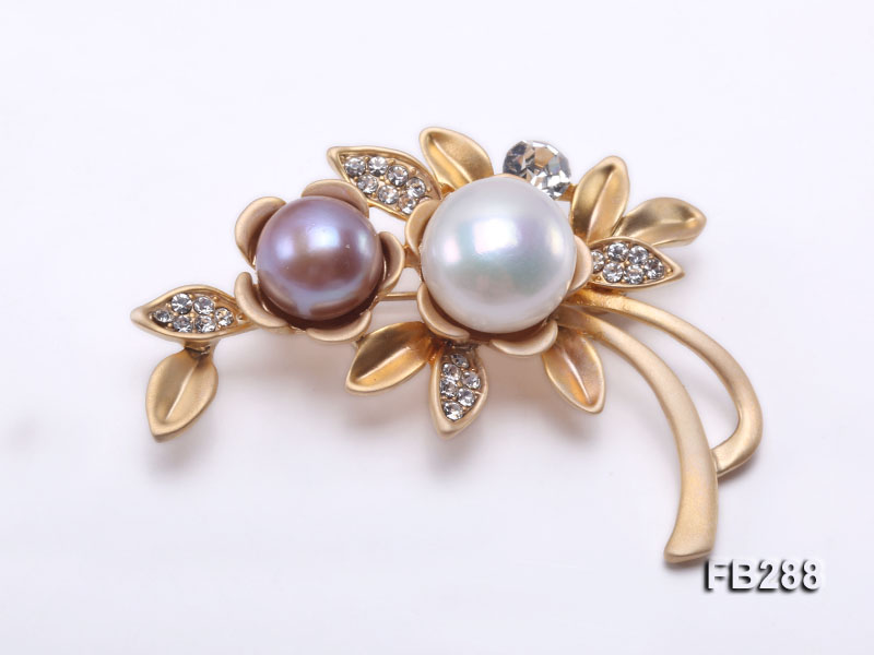 10.5mm Lavender and 13.5mm White Freshwater Pearl Brooch