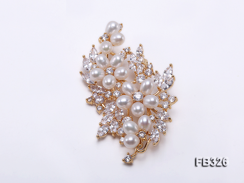 6×7.5mm White Freshwater Pearl Brooch