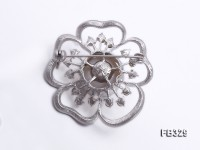 Flower-style 14mm White Freshwater Pearl Brooch