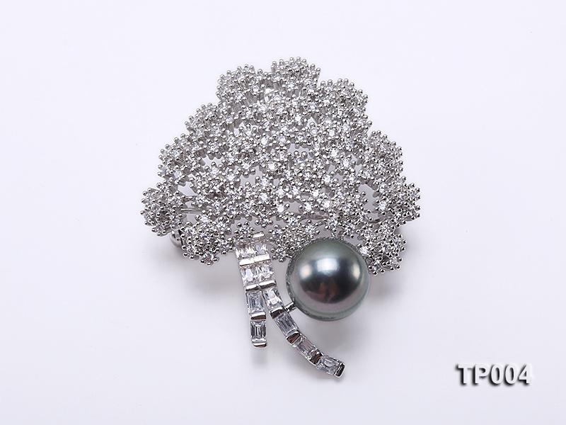11mm Black Tahitian Pearl Brooch in Silver