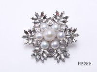 Snow-style 6.5-9.5mm White Freshwater Pearl Brooch