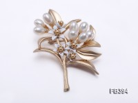 6×8.5mm White Rice-shaped Freshwater Pearl Brooch