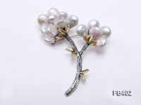 10.5mm White Button-shaped Freshwater Pearl Brooch