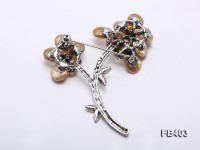 10mm Golden Button-shaped Freshwater Pearl Brooch
