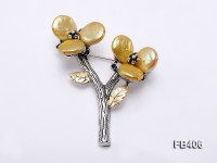 12mm Golden Button-shaped Freshwater Pearl Brooch