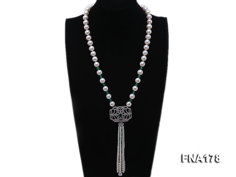 10-11mm White Round Cultured Freshwater Pearl Necklace