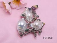 Fine Magpie-style White Baroque Pearl Pendant/Brooch