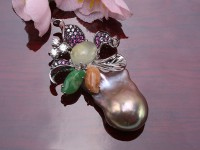 Fine Lavender Baroque Pearl Pendant with Prehnite and Jadeite