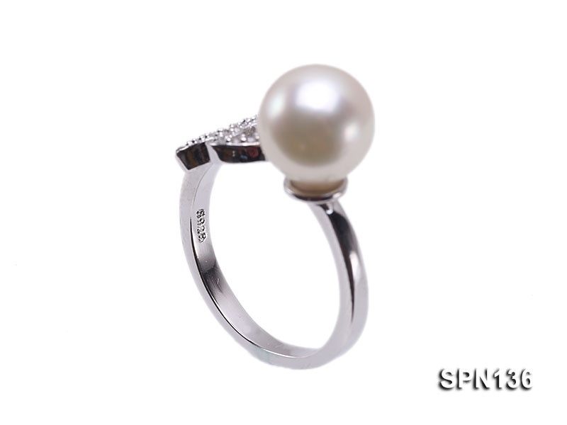 Zodiac-style 9mm Natural White Akoya Saltwater Pearl Ring