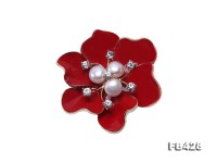 6.5mm Natural Freshwater Pearl Flower-shaped Gold Plated Brooch