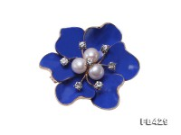6.5mm Natural Freshwater Pearl Flower-shaped Gold Plated Brooches Blue