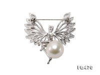 Lustrous 13mm White Round Edison Pearl Brooch