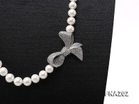 9-10mm White Round Freshwater Pearl Necklace