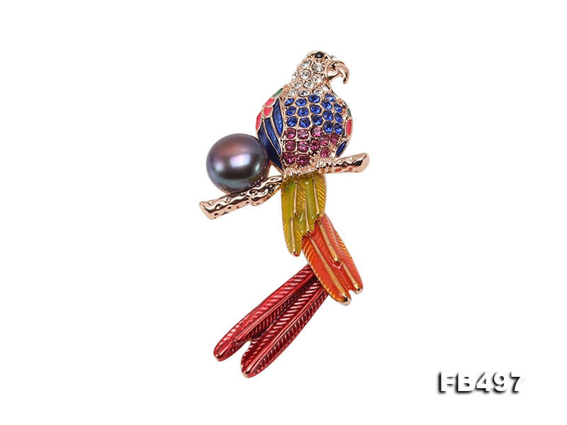 Exquisite 13.5mm Colorful Parrot Pearl Brooch