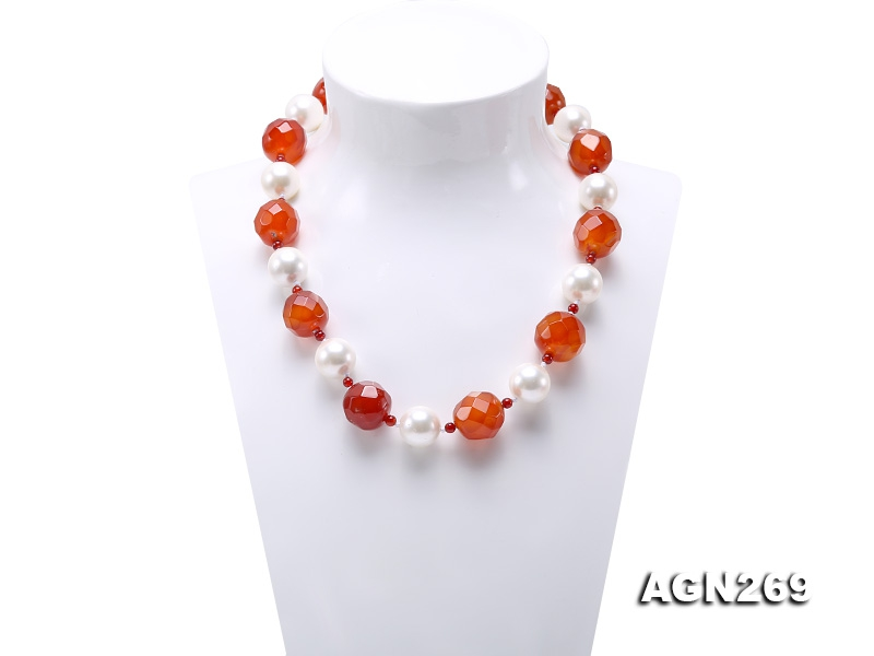 19mm Faceted Agate & 16mm White Shell Pearl Necklace