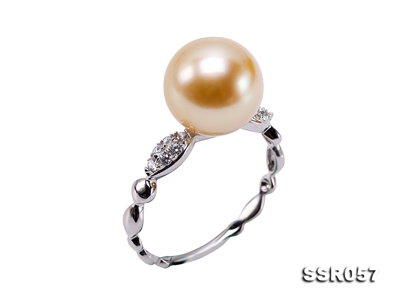 10mm Golden Round South Sea Pearl Ring in 18k Gold