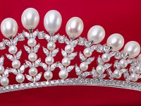 Natural 10.5×13mm White Oval Freshwater Pearl Crown
