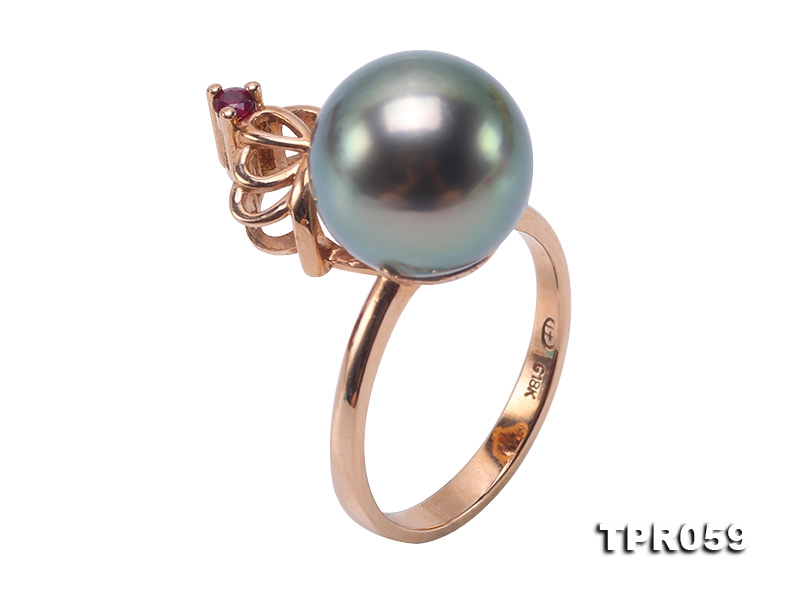Elegant 11.5mm Peacock Round Tahiti Pearl Ring in 18k Gold