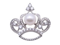 Beautiful Crown-shape 11,5mm White Pearl Brooch