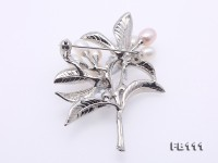 Exquisite Daffodil-Shape 7-8mm White Pearl Brooch