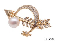 Delicate Zircon-inlaid 10mm Freshwater Pearl Brooch