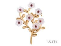 Delicate 10mm White Shell Brooch
