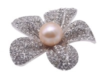 High Quality 13.5mm Pink Pearl Flower Brooch