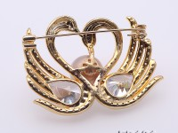 Exquisite Swan-shape 11mm Edison Pearl Brooch