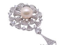 Lovely Mirror-shape Brooch with 11.5mm Edison Pearl