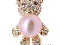 Lovely Teddy Bear shape 12mm Pink Pearl Brooch