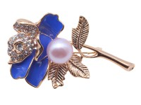 10.5mm Natural Freshwater Pearl Flower-shaped Brooch