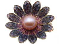 Exquisite Flower-shape 11.5mm Freshwater Pearl Brooch