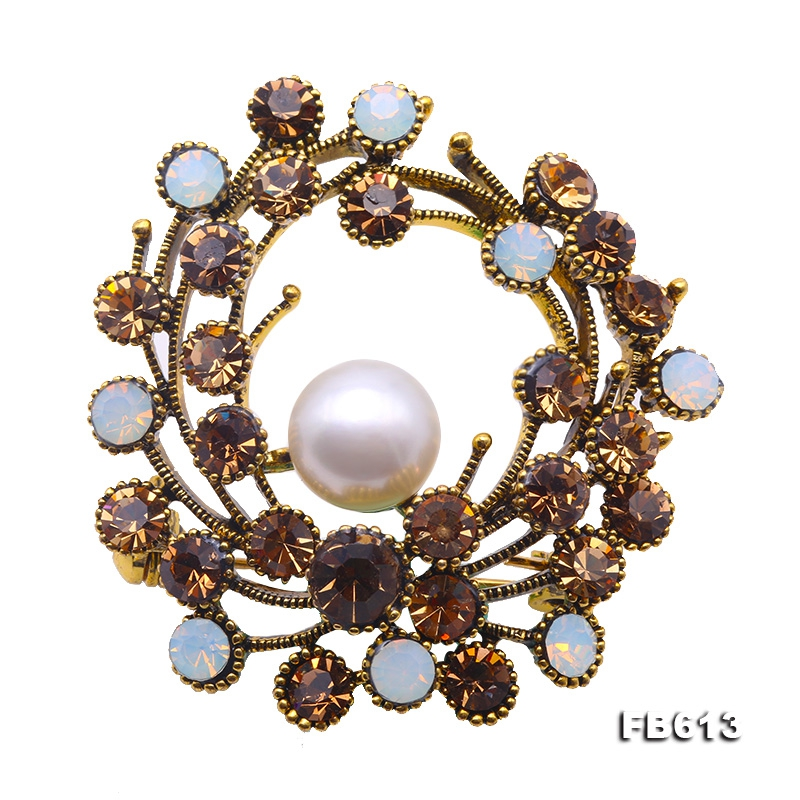 Exquisite10mm White Freshwater Pearl Brooch