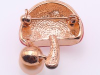 High Quality Mushroom-shape 9mm Pink Pearl Brooch