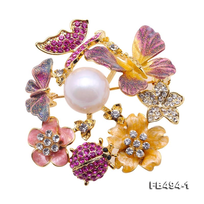 Gorgeous Butterfly and Flower 13mm White Round Pearl Brooch