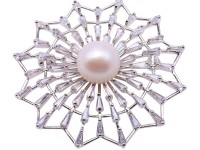 Exquisite Cobweb-shape 11.5mm Freshwater Pearl Brooch