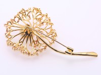 Exquisite Dandelion-shape 12.5mm Freshwater Pearl Brooch
