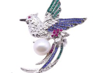 Exquisite Phoenix-shape 13mm Freshwater Pearl Brooch