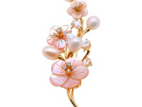 Delicate Shell Flower & 7.5xm9.5mm Freshwater Pearl Brooch