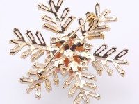 Beautiful 5-7mm Lavender Pearl Snowflake Brooch