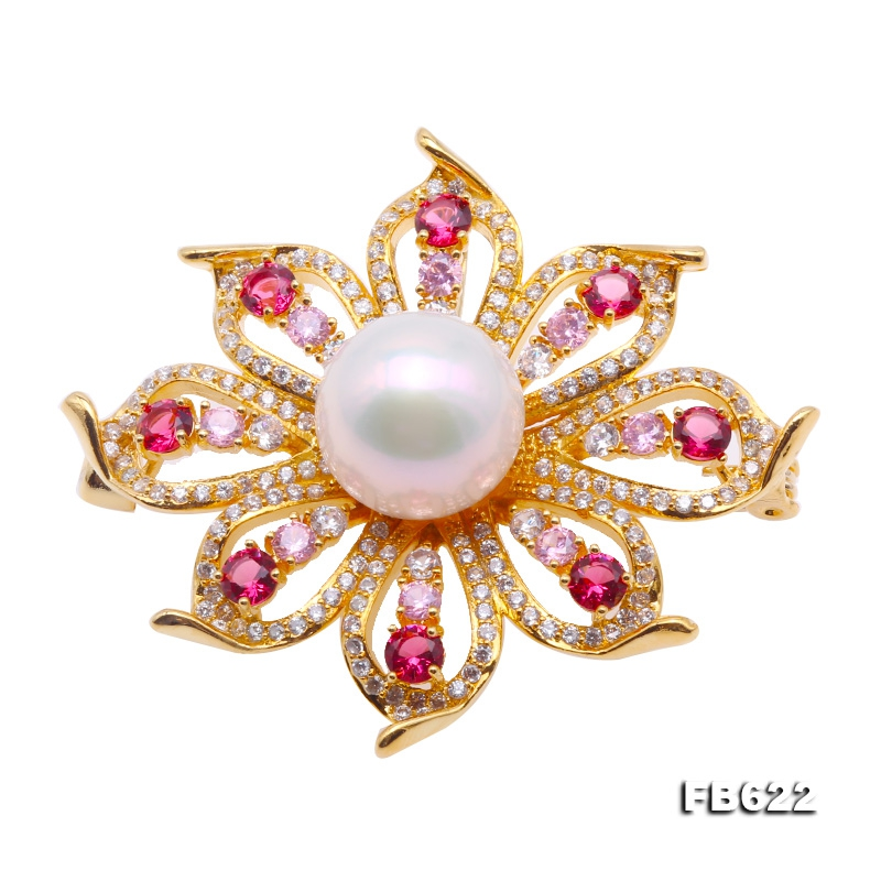 Delicate Zircon-Flower & 14mm White Pearl Brooch
