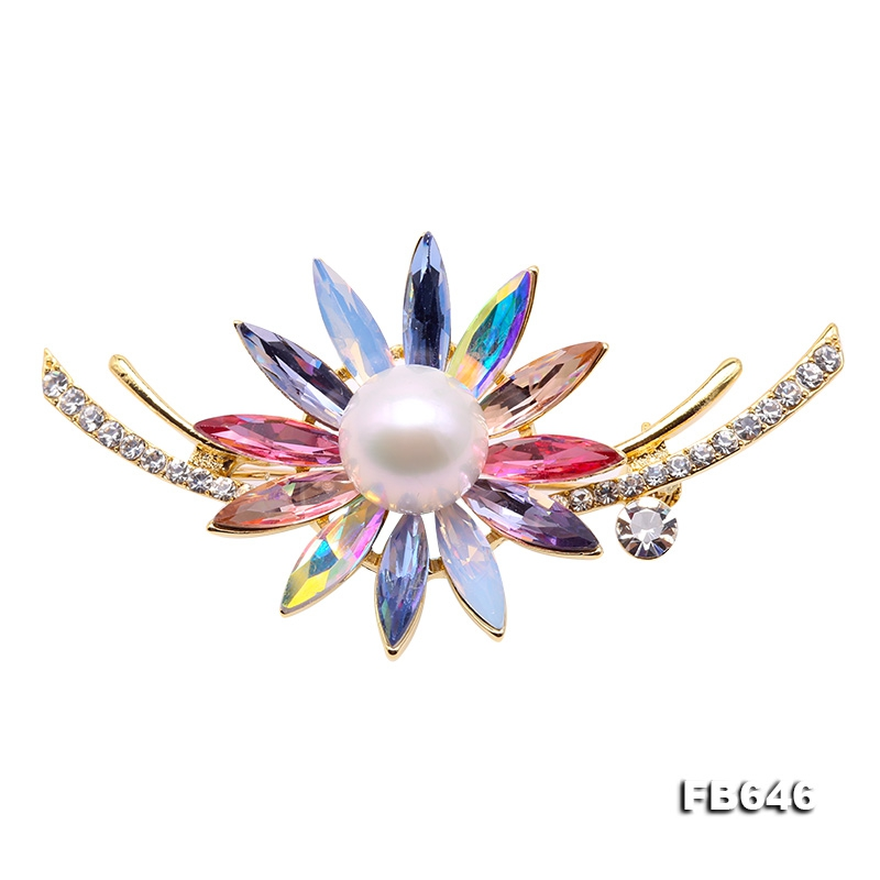 Delicate Crystal-Flower & 12mm White Pearl Brooch