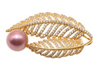 Exquisite Leaf-shape 12.5mm Freshwater Pearl Brooch