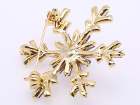 Beautiful 12.5mm White Pearl Snowflake Brooch
