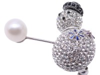 Exquisite Snowman-shape 10mm Freshwater Pearl Brooch